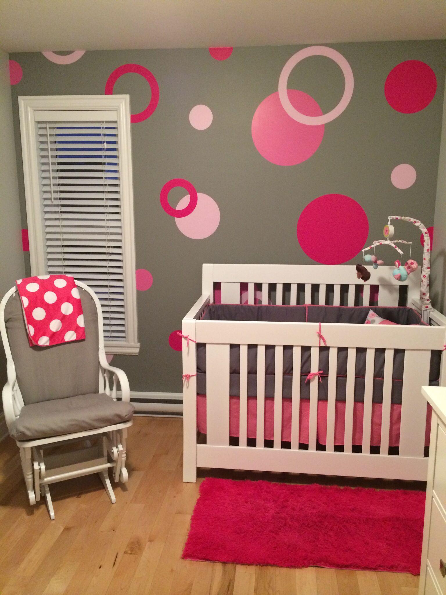 Deco Chambre Fille Fushia Et Gris chambre fille pois roses | deco chambre fillette, déco