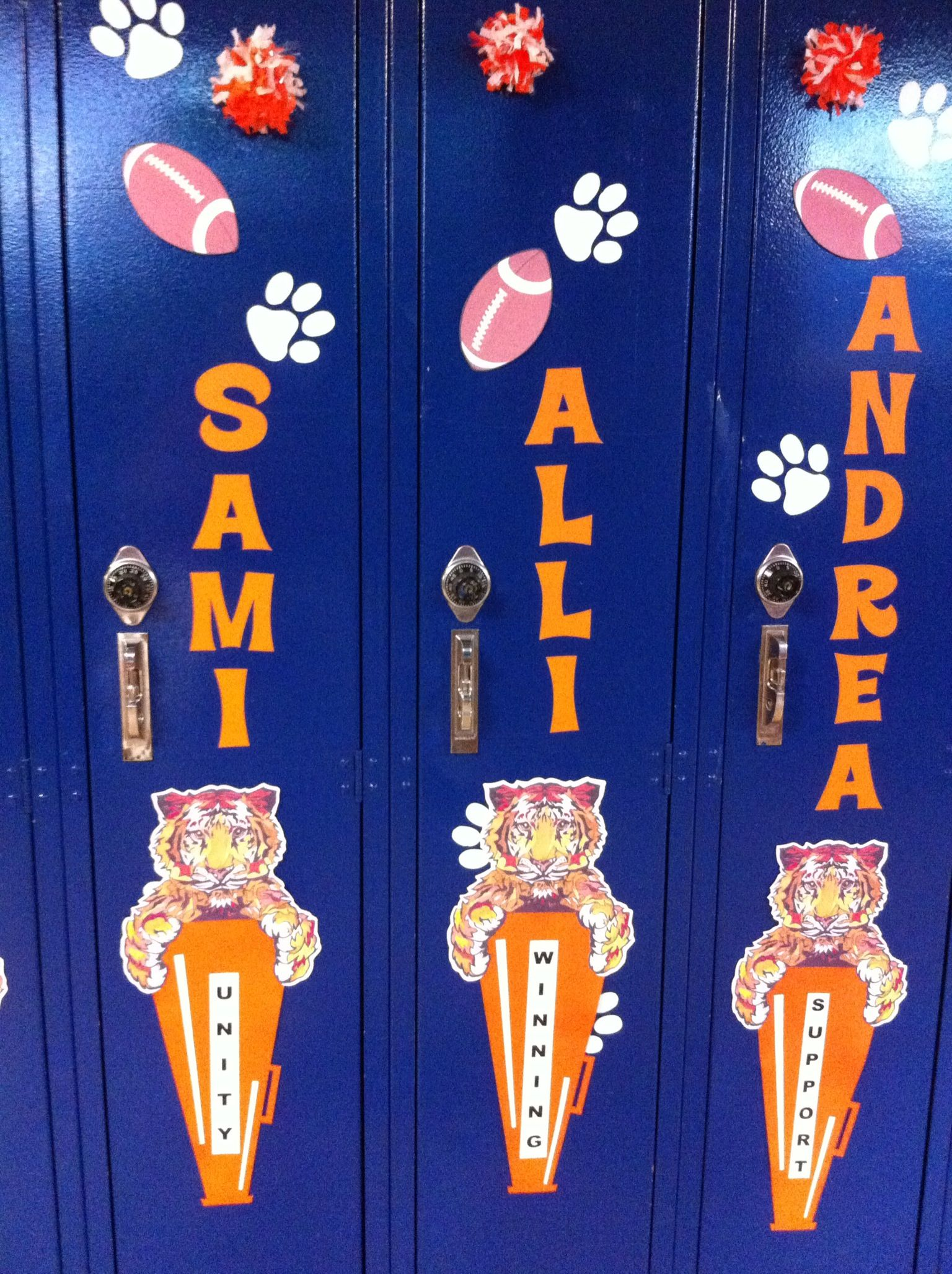 Cheerleading Locker Decorations. Cheerleaders Homecoming locker decorations  Go Brighton Bengals