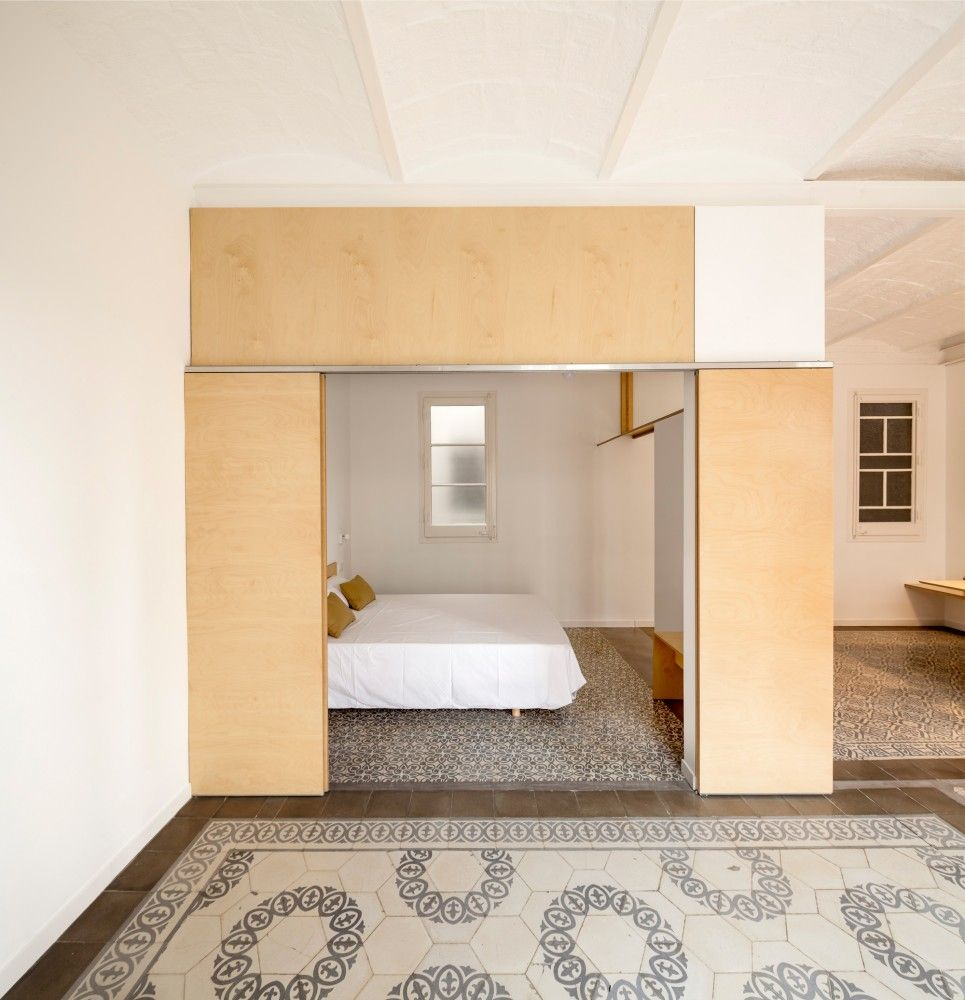 Barcelona Apartment Building: Gallery Of Apartment Renovation In Eixample Of Barcelona