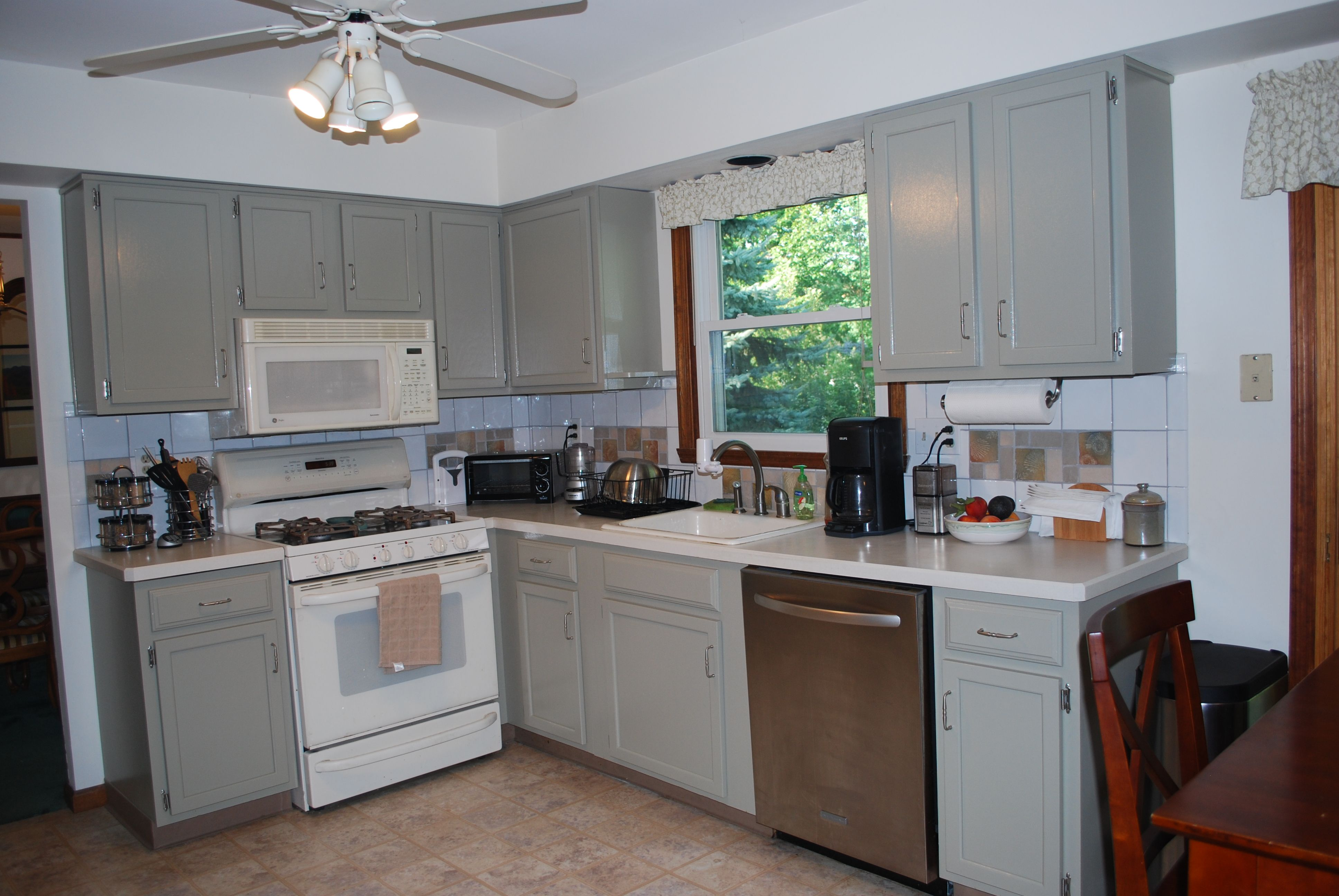 how to mixing appliance colors white and stainless - Google ...