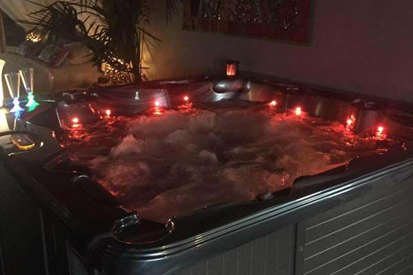 Mala India Spa Une Suite Avec Spa Privatif Www Bednspa Com Bain Romantique Jacuzzi Chambre Avec Spa Privatif