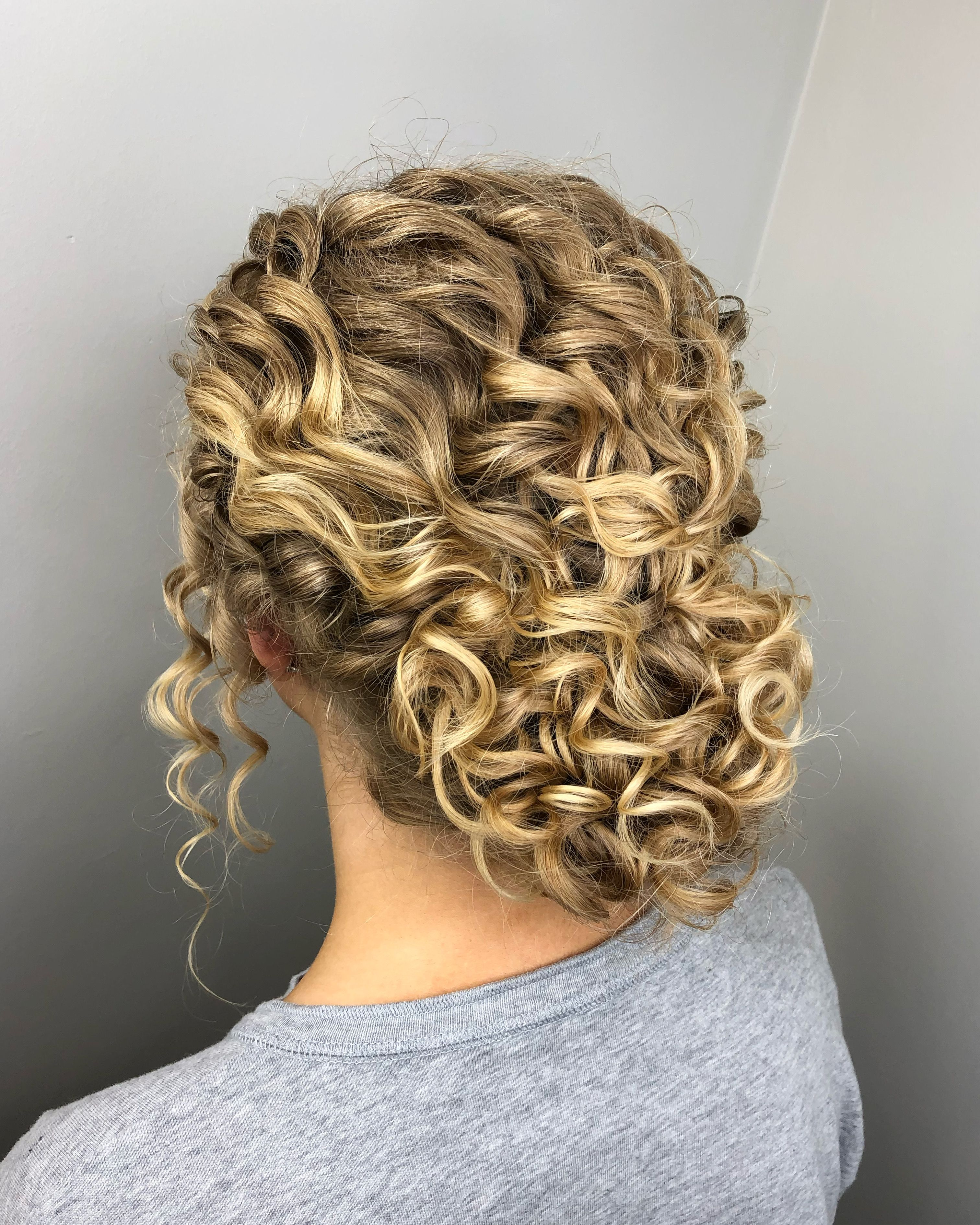 Curly Updo In 2020 Blonde Curly Hair Natural Natural Curls Hairstyles Naturally Curly Hair Updo