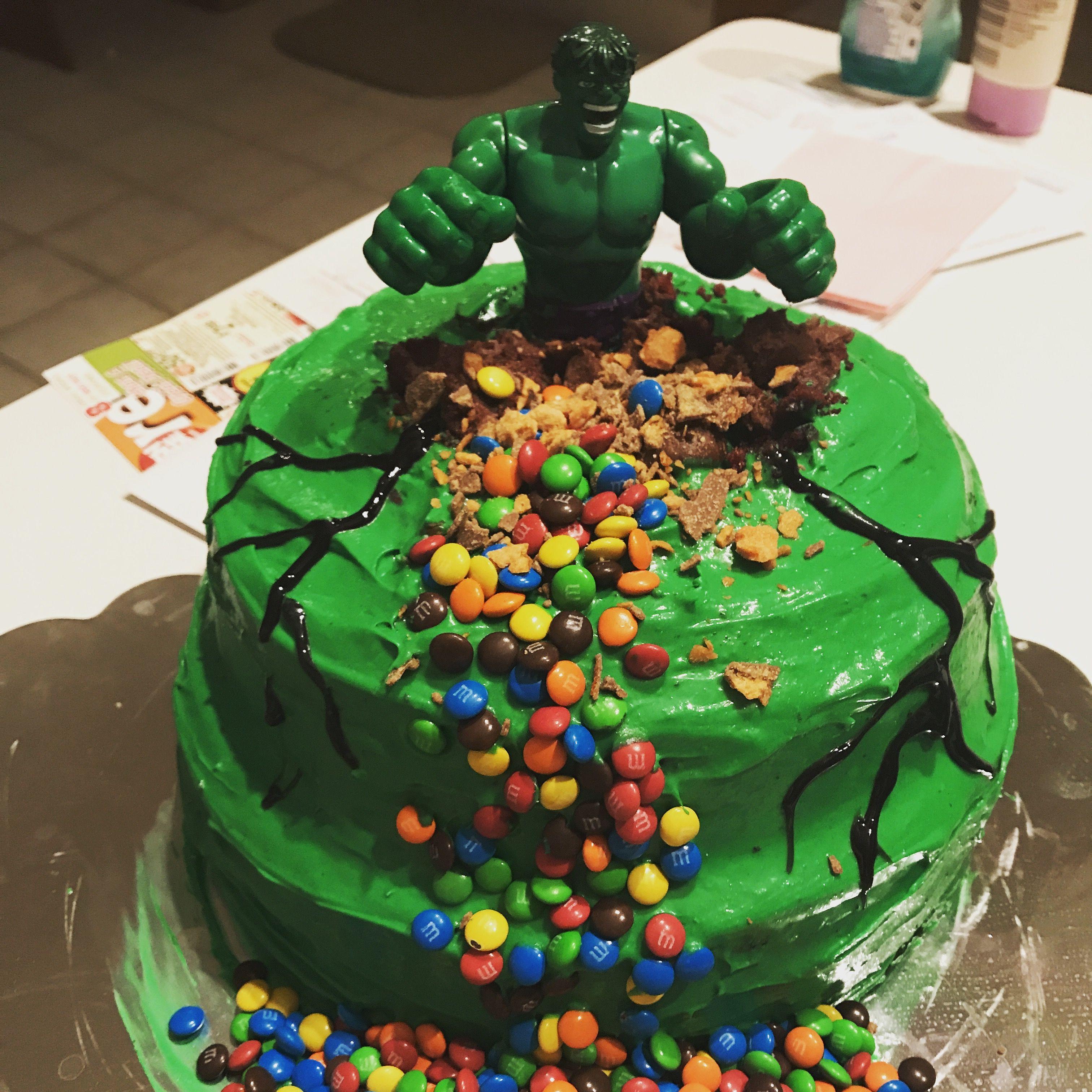 Hulk Smash Cake