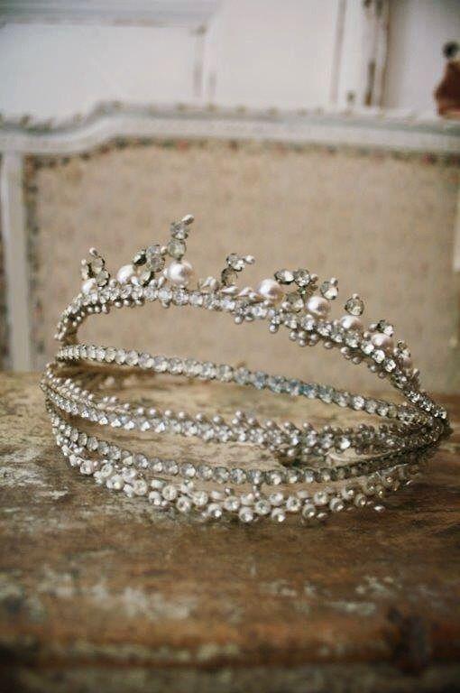 tiara diadem glitter