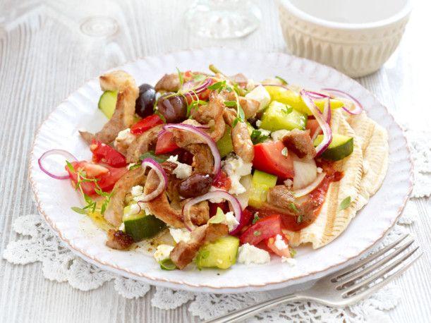 Unser beliebtes Rezept für Bauernsalat mit Gyros und mehr als 55.000 weitere kostenlose Rezepte auf LECKER.de.
