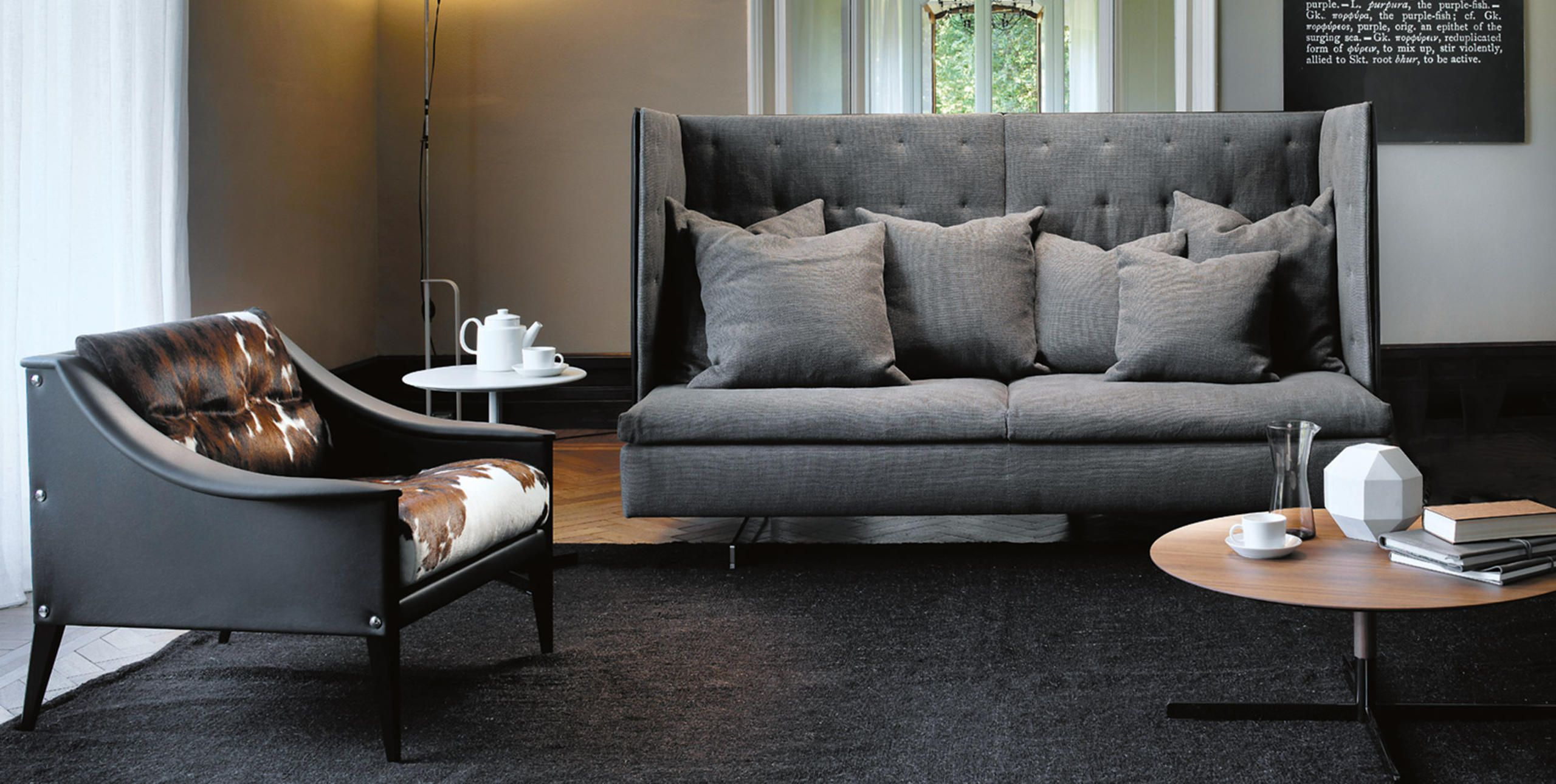 Grantorino hb sofa by poltrona frau via designresource for Chaise longue torino