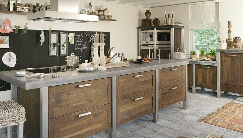 Keuken met oude uitstraling. perfect werkbladen van natuursteen with