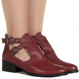 e7f6d064b0 Botas Femininas - Taquilla  Calçados femininos online
