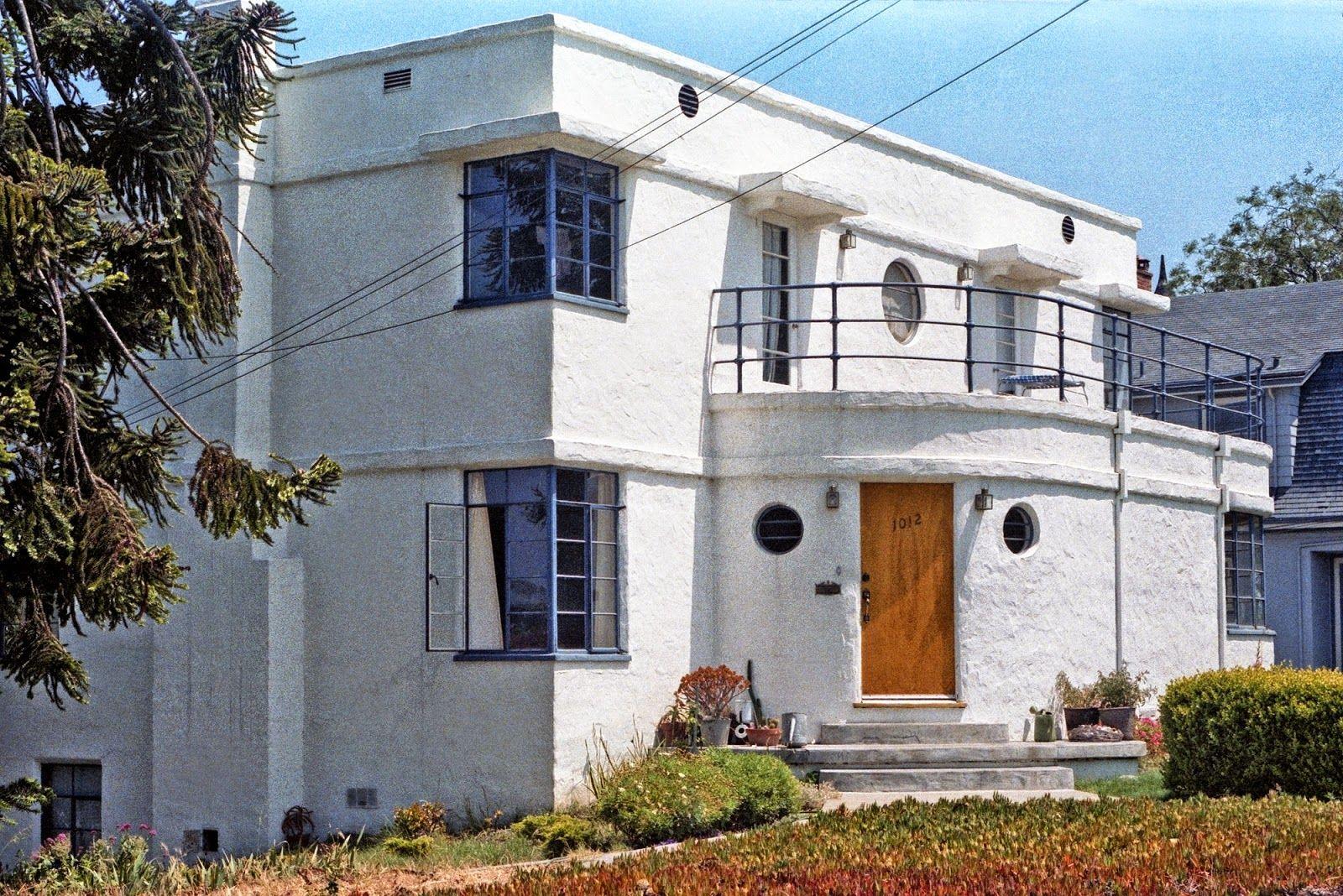 Art Deco House Characteristics