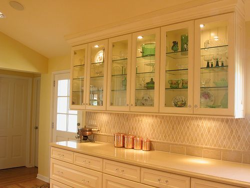 How To Update Outdated Oak Kitchen Cabinets? Country Kitchen Decorating French ...