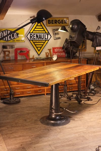 meuble de metier industriel ancien tables meuble de. Black Bedroom Furniture Sets. Home Design Ideas
