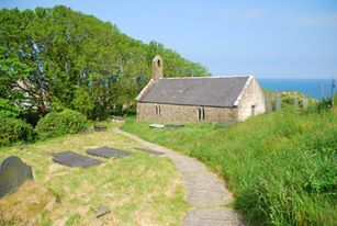 St Beuno S Church Pistyll Llyn Peninsula Wales An Old Church On The Site Of An Ancient Pilgrim Church Monastery On Wales England Wales Place Of Worship