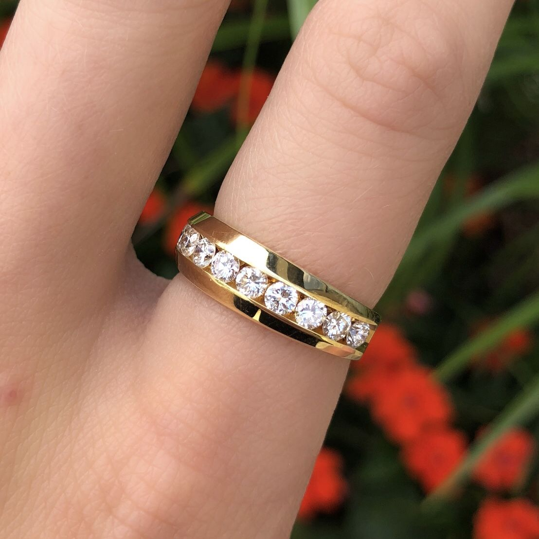 Engagement Rings Kansas City: Yellow Gold Diamond Band. Annual Summer Sizzling Sale 2018