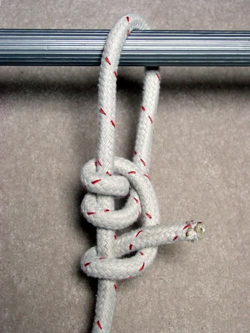 5 Knots You Need to Know How to Tie at All Times #ropeknots