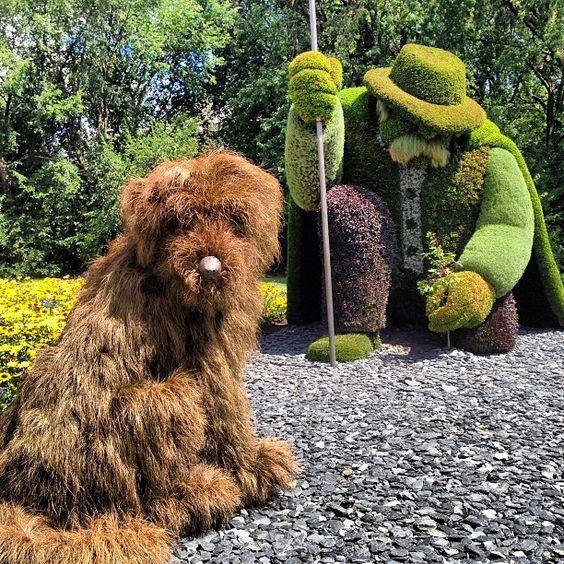 Lovely Montreal Botanical Gardens Sculpture
