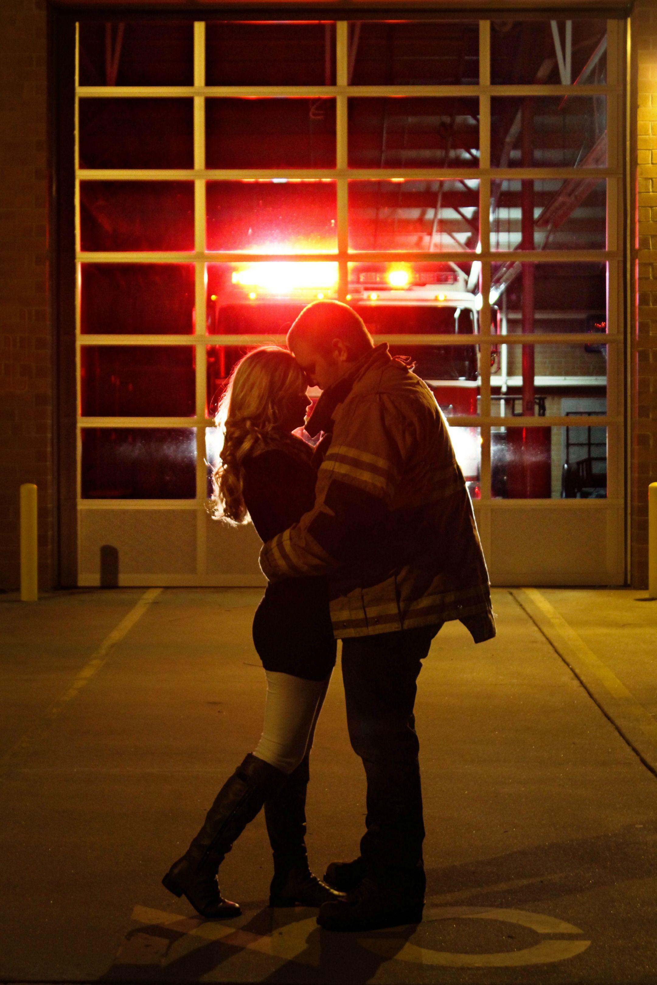 Engagement Firefighter Verloving Hochzeitseinladungen Mit Foto