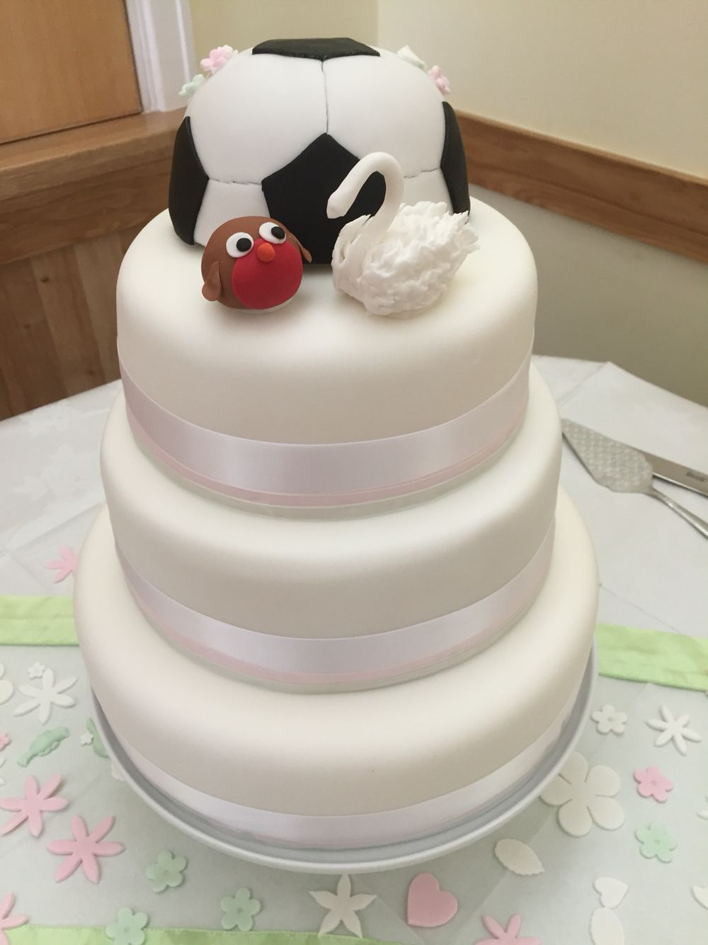 Bristol City Robin And A Swansea City Swan Wedding Cake Football - Wedding Cake Swansea