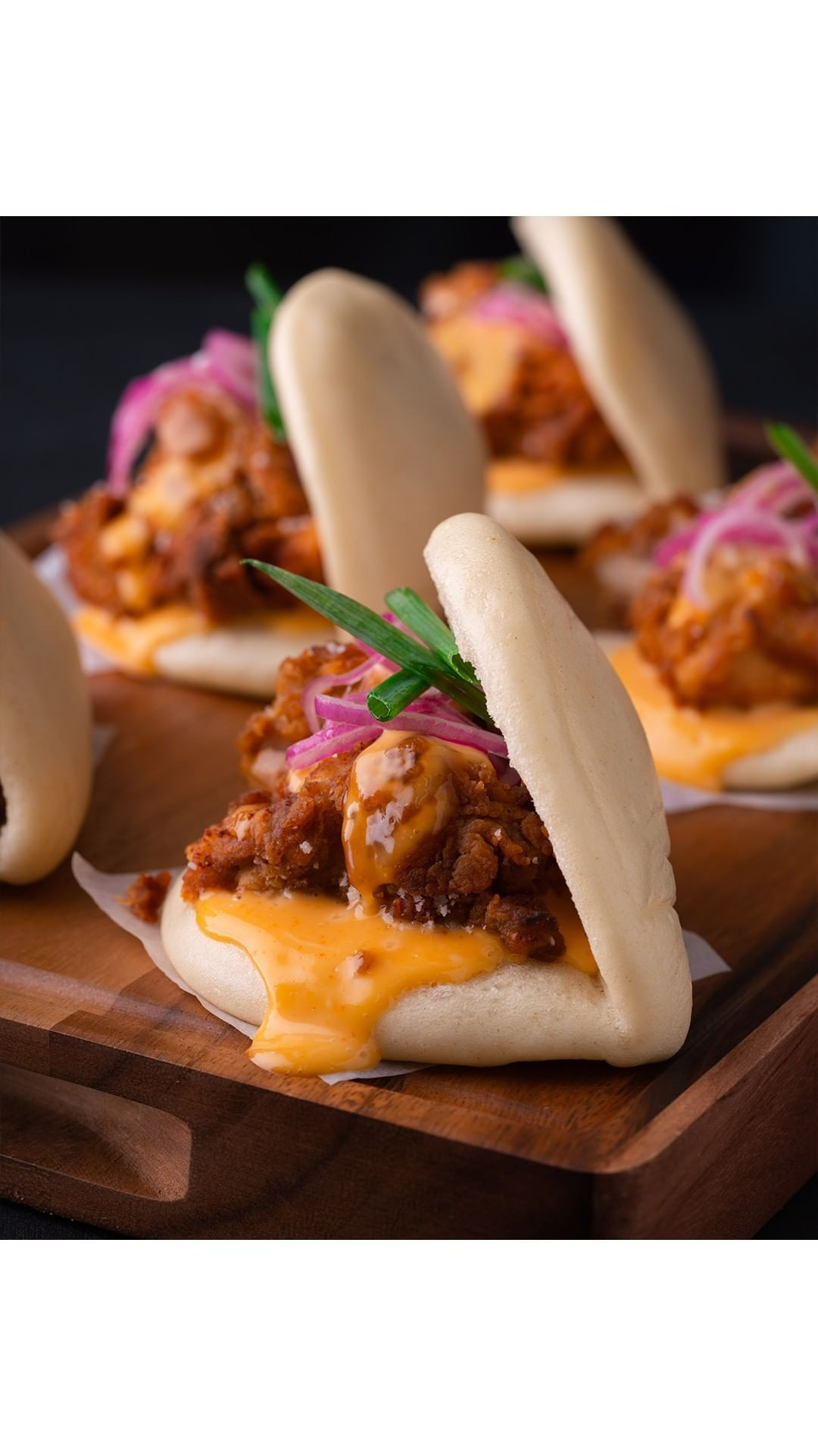 Marion Grasby On Instagram Spicy Fried Chicken Bao Buns With My Special Technique For The Crispiest Crust On Tha Spicy Fried Chicken Recipes Food