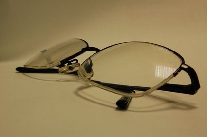 How To Use Sanitizer On Eyeglasses Eyeglass Lenses Glasses