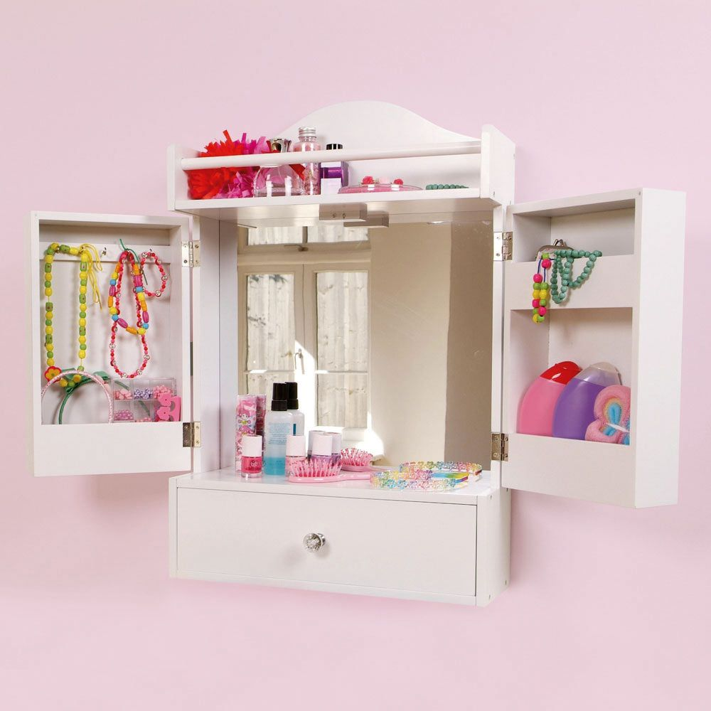 Beauty Station for Little Girls - http://www.gltc.co.uk/fcp/product/-/bedroom_bedroom_accessories/Beauty-Station/10000001214