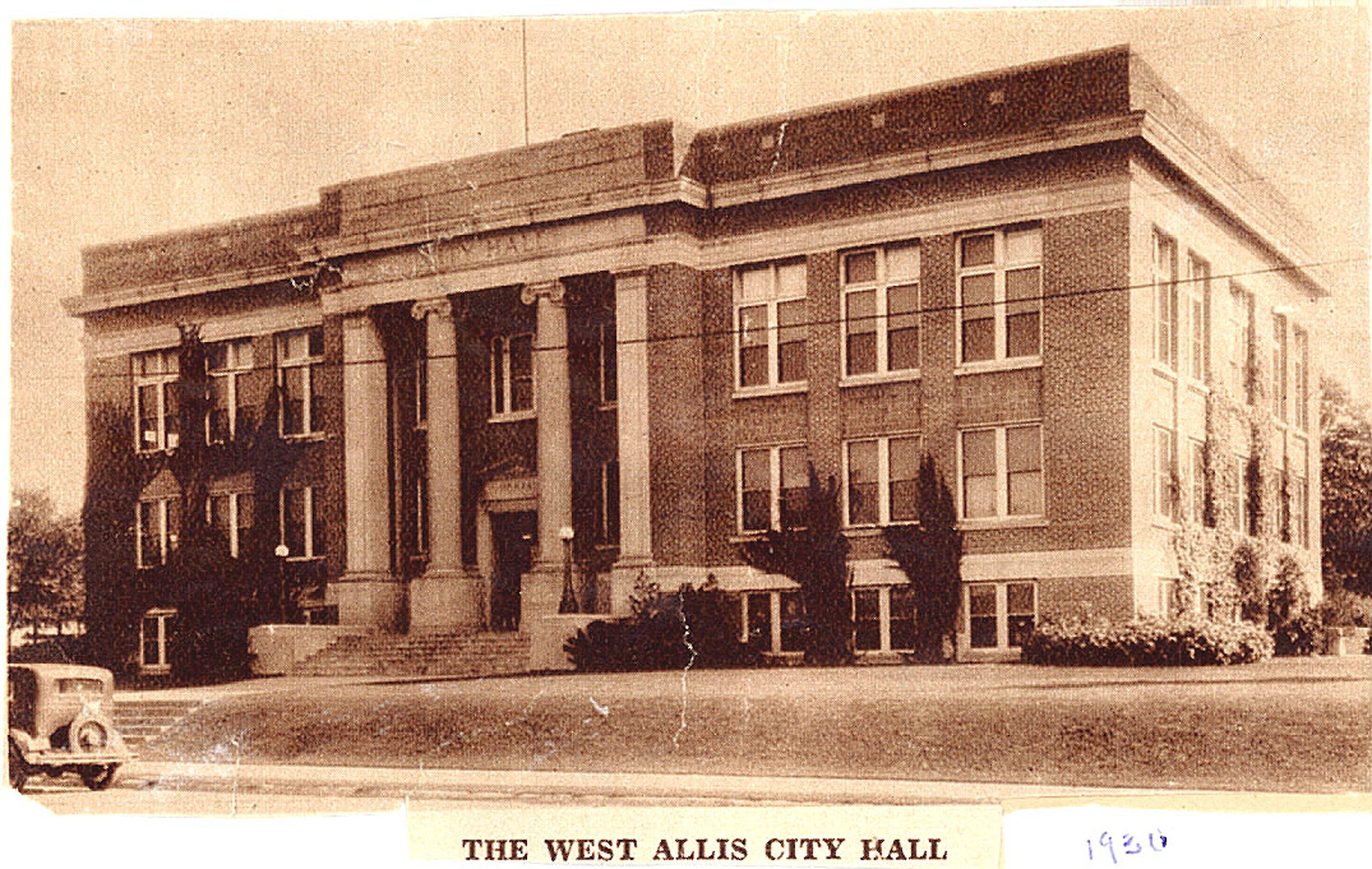 West Allis City Hall 1930 Westallis Wisconsin Downtown Historic West Allis Wisconsin West Allis Wisconsin