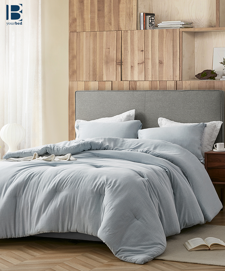 Passive Blue Oversized Comforter Made With Yarn Dyed Modal Simplicity Is The Best Option When It Comes To Choosing With Images Full Bedding Sets Luxury Bedding Comforters