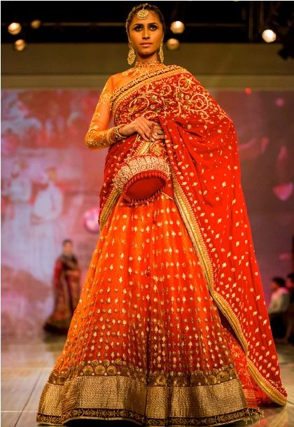 30 ROYAL INDIAN WEDDING DRESSES-CANT GET BETTER THAN THIS