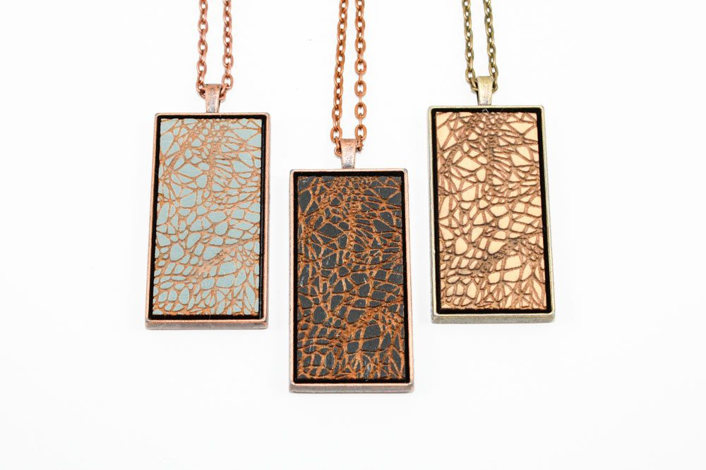 Geometric Crackle Pattern Pendant - Engraved Wooden Cameo Necklace (Custom Made / Personalized)