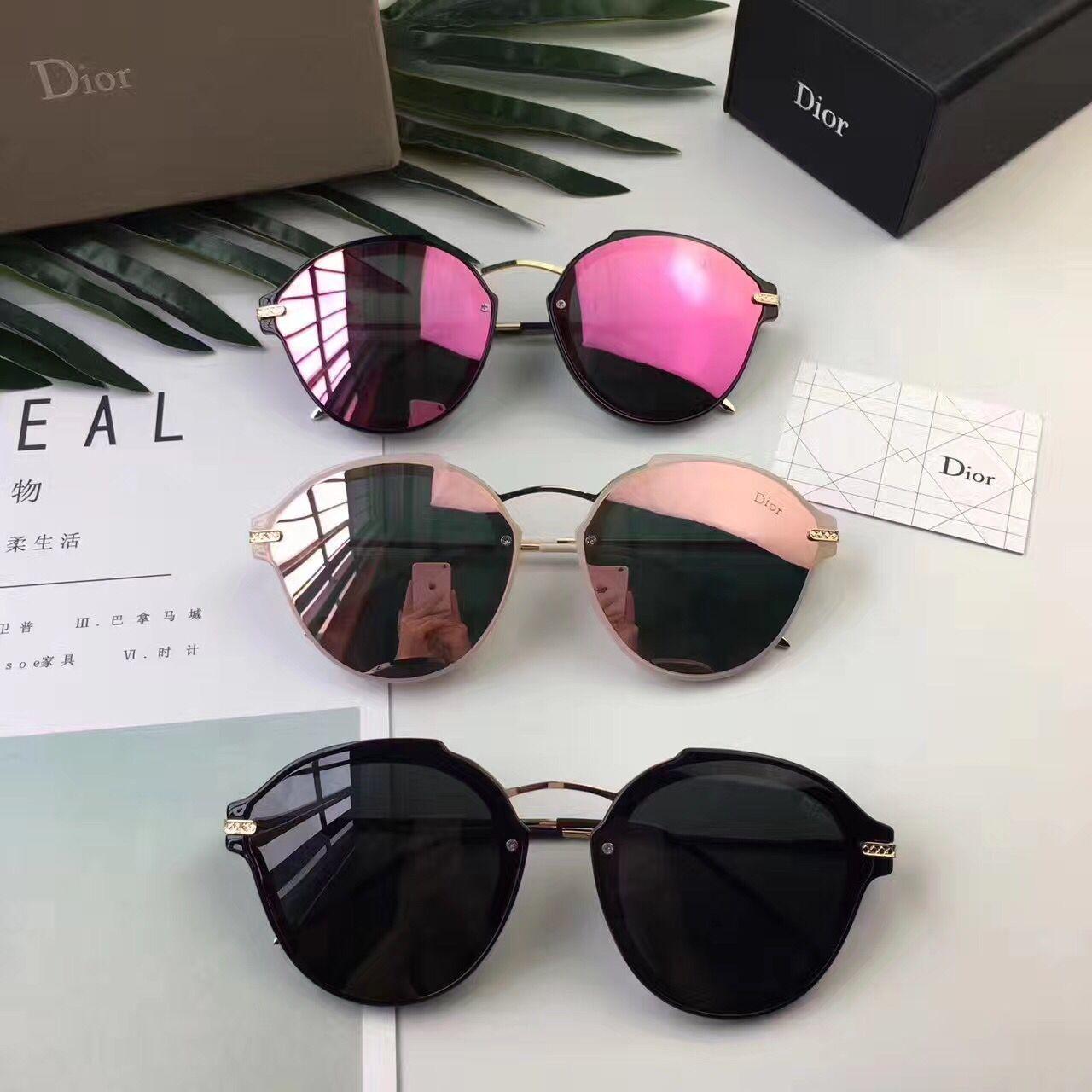 00c7cfe6a6f9f Óculos De Sol · Dior 1932 (29usd)