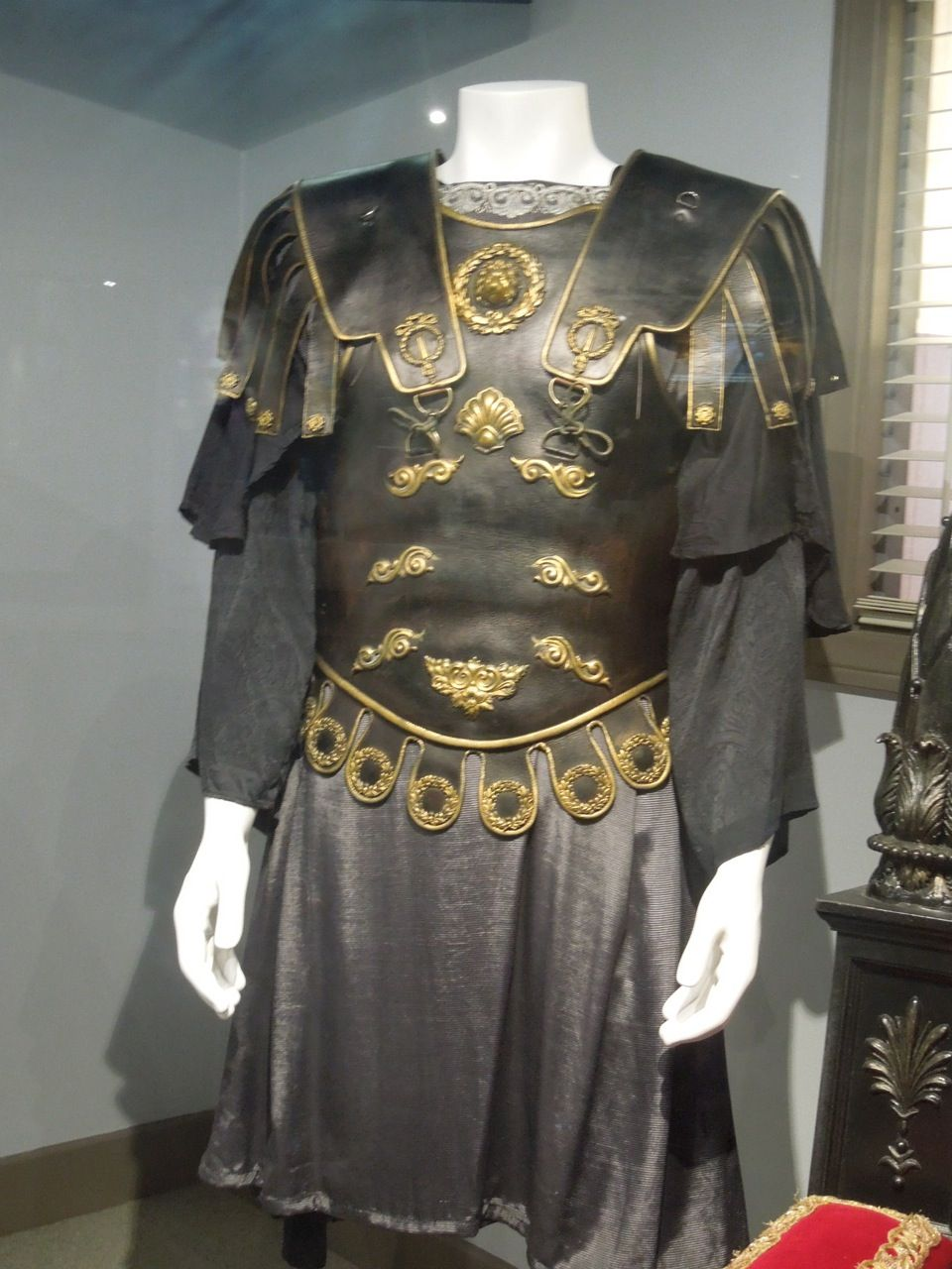 hollywood movie costumes and props gladiator original
