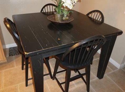Broyhill Attic Heirlooms Pub Table And Windsor Counter Height