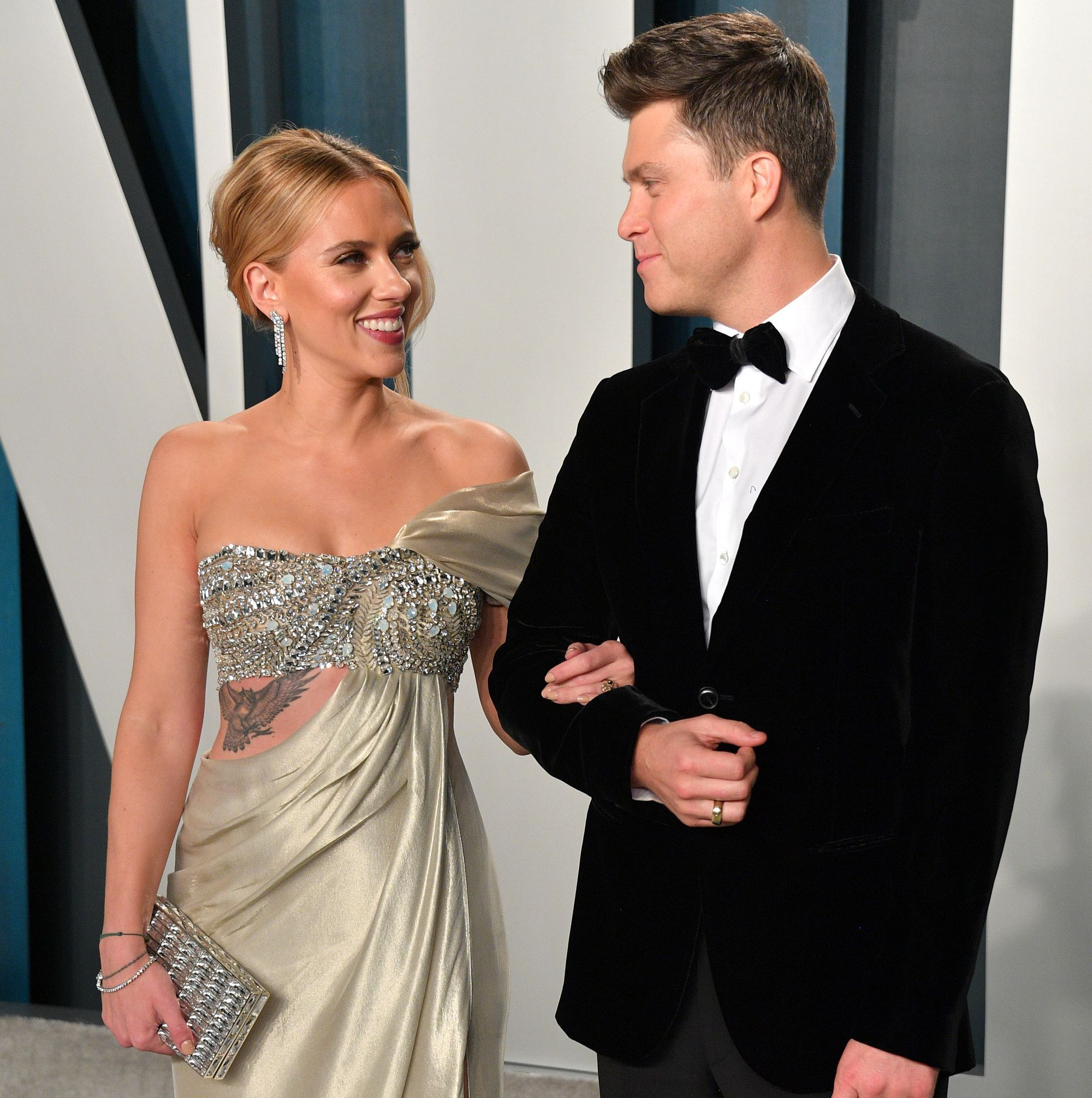 "Scarlett Johansson Says Colin Jost's Proposal Was ""Very ..."