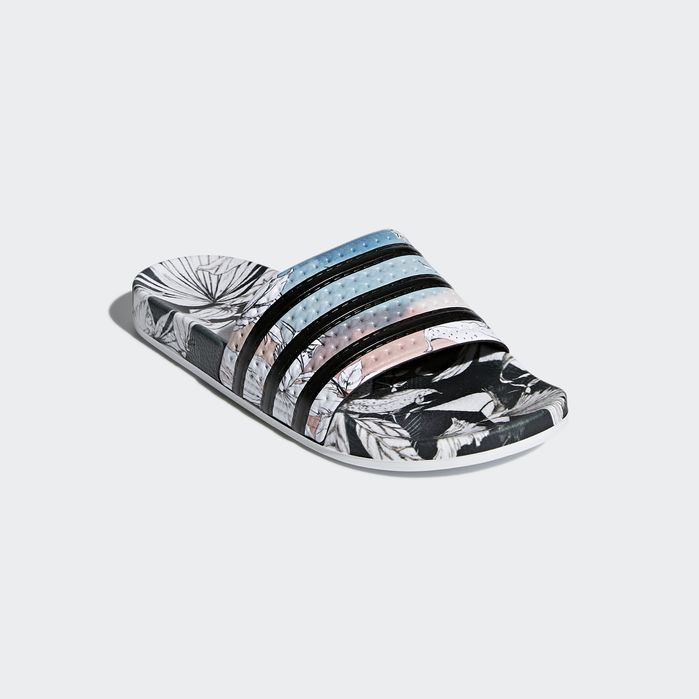 Adilette Slides Black 8 Womens   Products in 2019   Sport