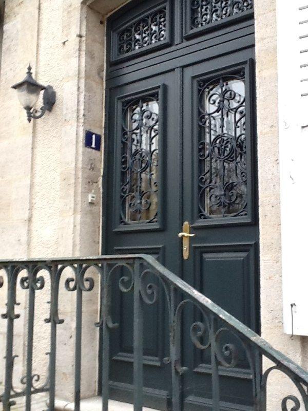 photos de r alisations de portes d 39 entr es en bois menuiserie collin entr e de maison. Black Bedroom Furniture Sets. Home Design Ideas