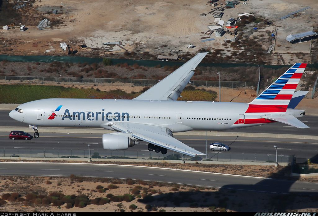 American Airlines Boeing 772 Arriving In Lax American Airlines Boeing 772 Vintage Aircraft
