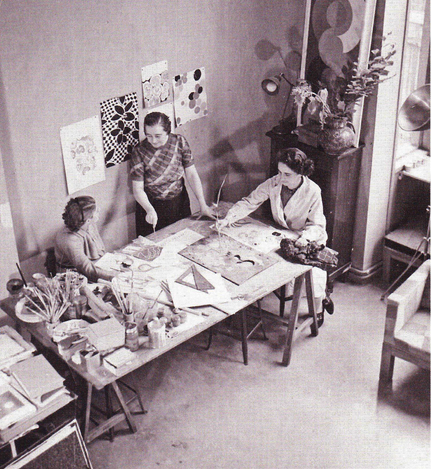Sonia Delaunay with her students in her studio, rue Saint-Simon, Paris (