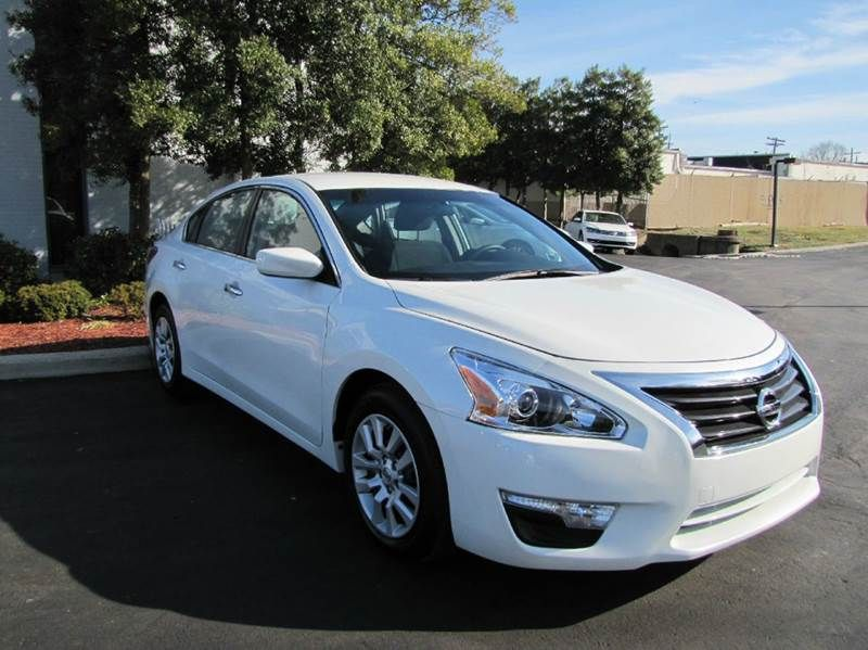 2015 Nissan Altima 2 5 S 4dr Sedan 13 995 Idrive Financial Call Or Car Finance Nissan Altima Louisville Ky