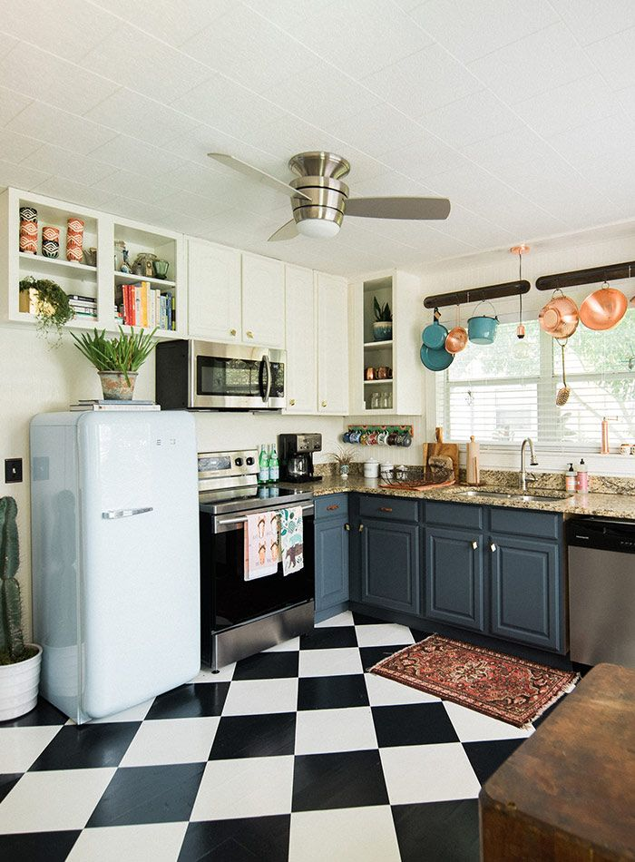 Checkerboard Kitchen Floor Ideas Retro Tile Trend Modern Retro Kitchen Retro Kitchen Appliances Interior Design Kitchen