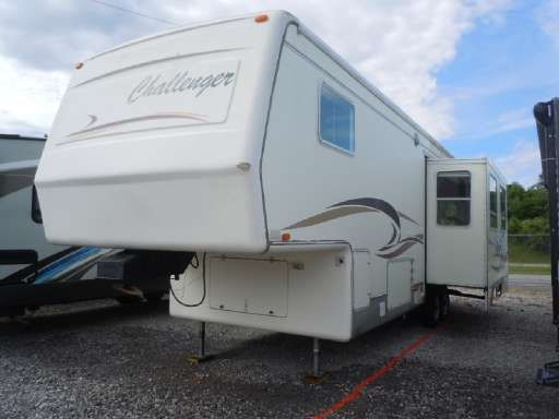 Check Out This 2000 Damon Challenger Challenger 5th Wheel M31rl