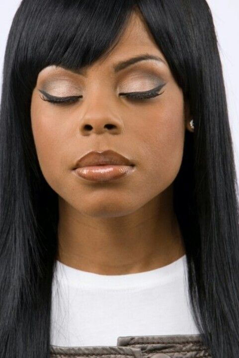 Love her eyes! Light brown all over her lid and a darker brown on ...