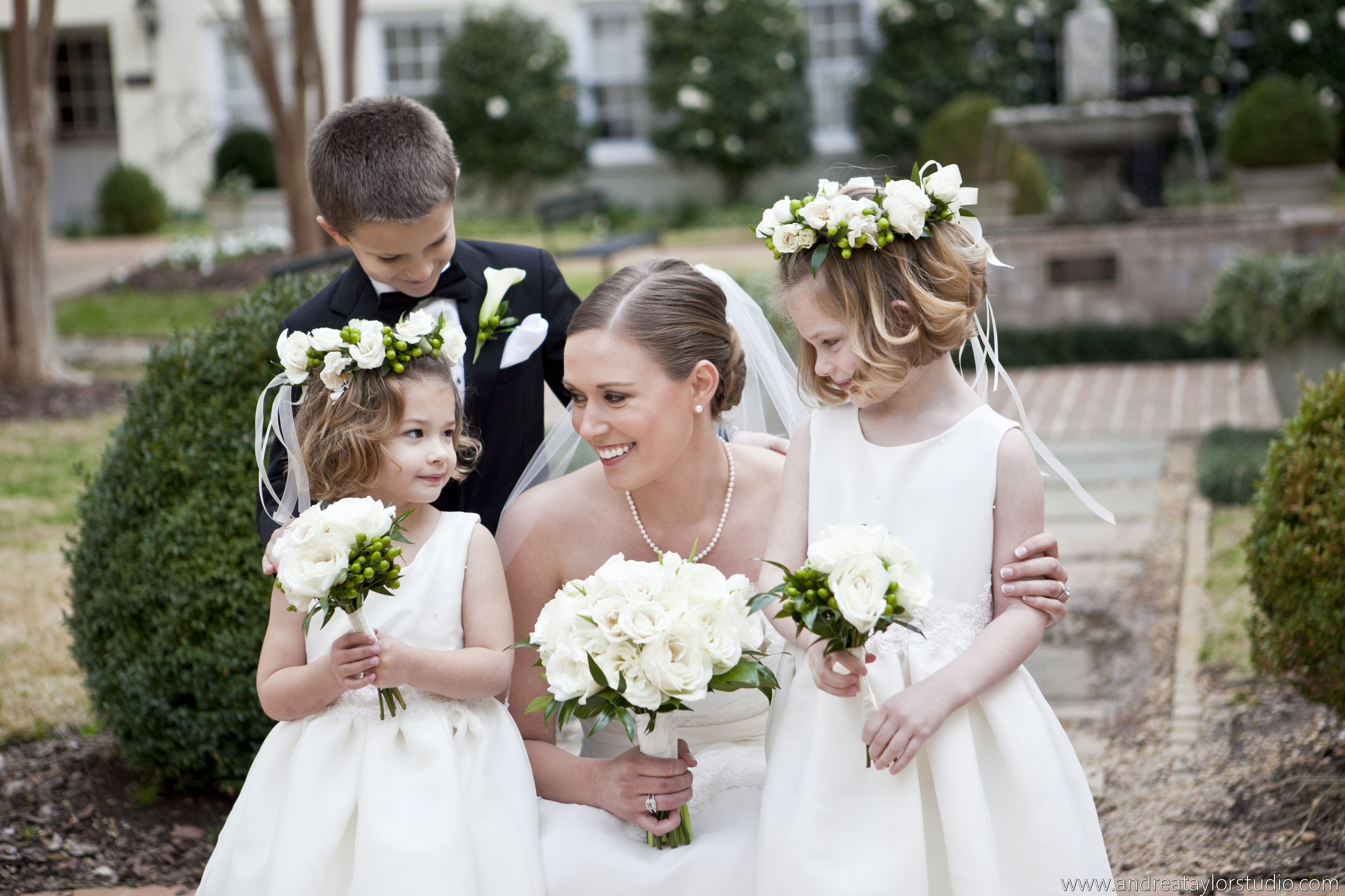 Andrea Taylor photography; classic bride; flower girls