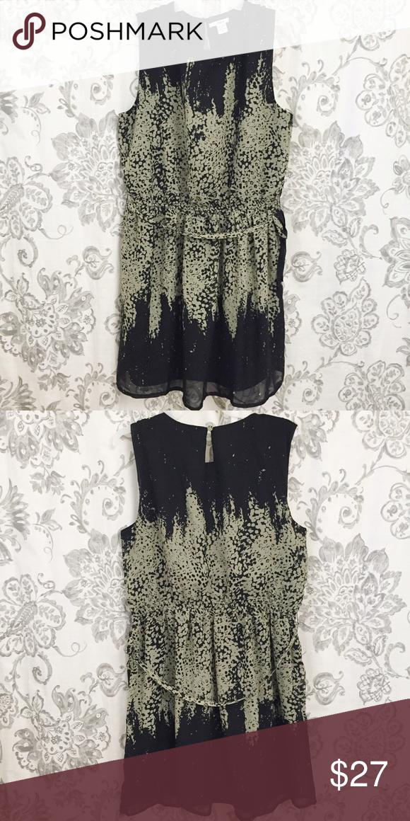 Bar iii black and gray print dress Bar iii black and gray print dress, size extra large XL Bar III Dresses Midi