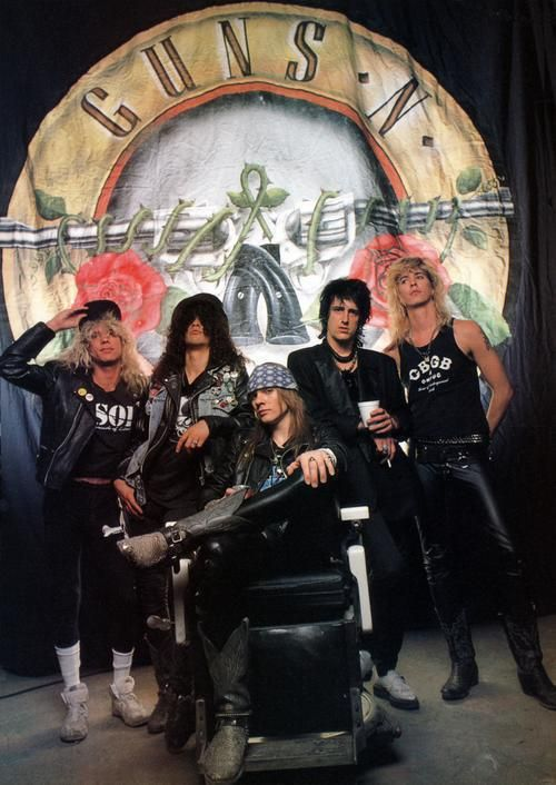 Guns N' Roses played with Skid Row in the 90's at the Forum - I was there. USE YOUR ILLUSION TOUR