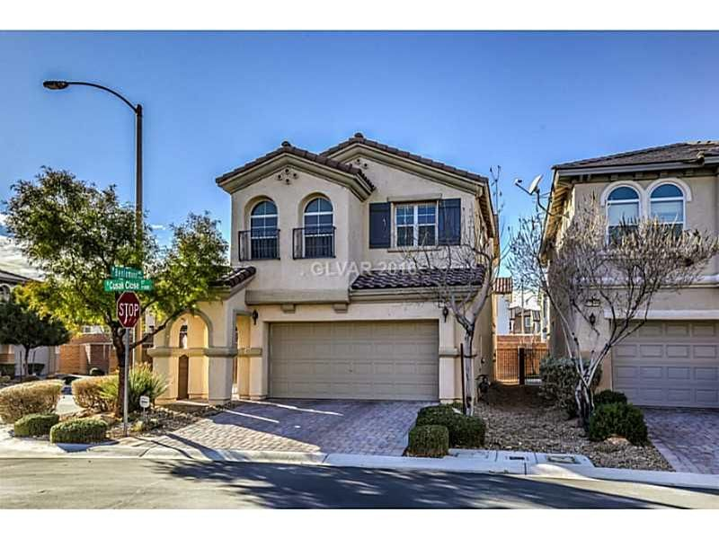 New Listing Today Call Me For A Showing Tracy Winkelman Tracy Winkelman At Wardley Real Estate Www Sell Your Yo With Images Las Vegas Homes Model Homes Las Vegas
