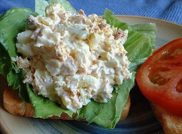 Tuna And Egg Salad Recipe Genius Kitchen Eten Vis