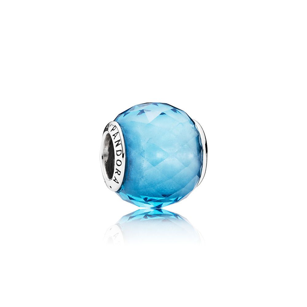 Charm Petites Facettes Bleu Ciel | Pandora beads, Pandora bracelet ...