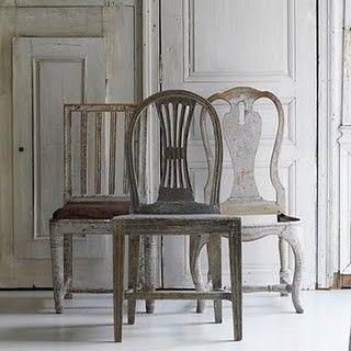 Zweeds Antieke Stoelen.Grey Painted Chairs Meubel Ideeen Zweedse Inrichting En Woonideeen