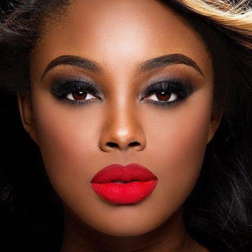 Guys: Do you like it when women wear a lot of makeup