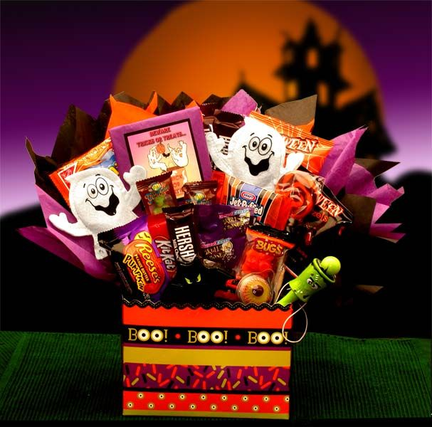 Boo Mania Halloween Bouquet 56.99 Make Their Halloween Scary Story Telling  Time Even More Indulgent With