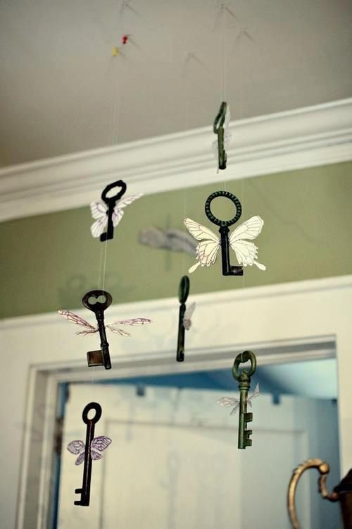 Harry Potter :) OMG this is so cute and clever. Need to find some old vintage keys now